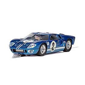 Scalextric Ford GT40 MKII 12 Hour of Sebring 1967 (C3916)